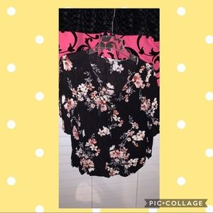 American eagle black shirt with flowers